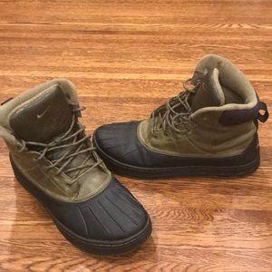 Nike Acg Woodside Boots Olive Black 386469-207
